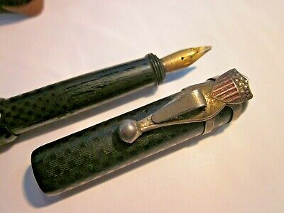 Vintage Moore's Non-Leakable fountain pen with nice flag / shield early pen clip