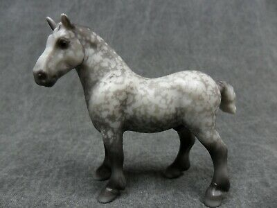 Breyer * Grey Drafter * 5942 Mystery Foal Surprise Stablemate Model Horse j