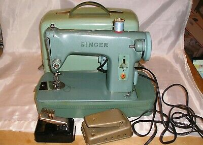 Singer 285K Sewing Machine in Portable Case - 3/4 Size - Sews Well - Good Belt