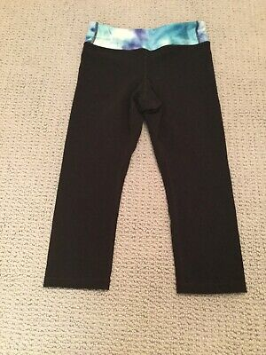 athelta girl cropped leggings with blue top size 7