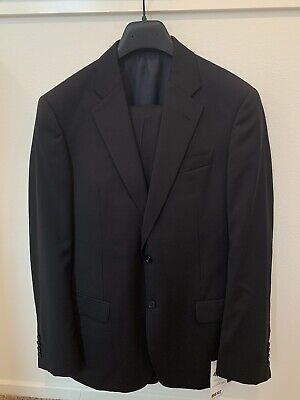 NEW Armani Two-Piece Suit Size 50 Black G Line Virgin Wool