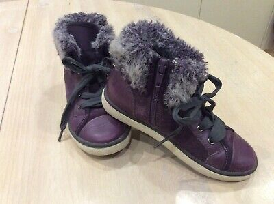 Girls Clarks Purple Suede/Leather Fur Trimmed Boot style Shoe. Size 11.5 F