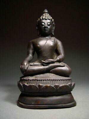 ANTIQUE BRONZE MEDITATING CHIENGSAEN BUDDHA, LANNA STYLE. TEMPLE RELIC 19/20th C