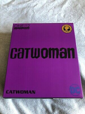 Mezco One:12 Collective Catwoman Figure Purple Suit Variant Exclusive