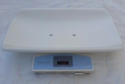 Tanita 1584 Baby Weigh Infant Scale. Puppy Scale Digital  Battery Operated