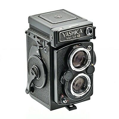 Yashica Mat 124G Twin Lens TLR 120 6x6 Film Camera ***NEAR MINT***