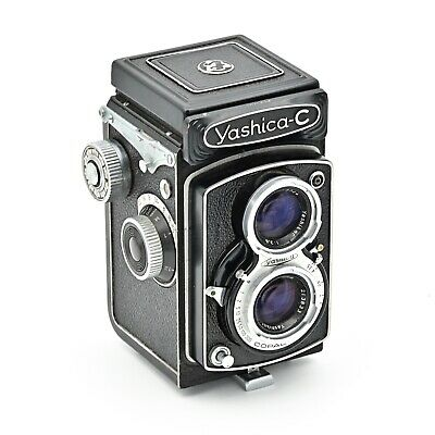 Yashica C Twin Lens TLR 120 6x6 Film Camera. *NEAR MINT*