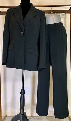Kasper Woman's Business Fully Lined Pant Suit Black Size 8