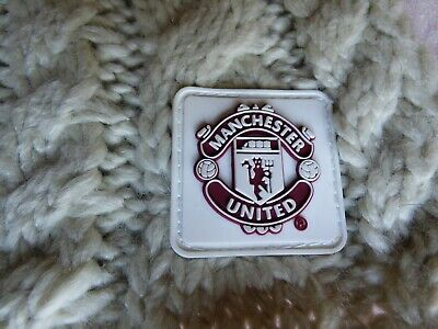 Manchester United Ladies cable knit oatmeal scarf. Official merchandise