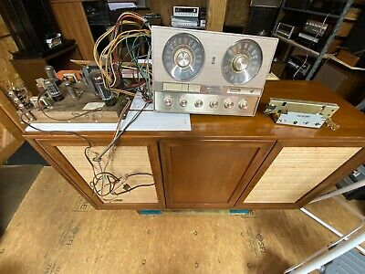Motorola Hs-1198A Three Channel Amp With Tuner And Vibrasonic And All Tubes.