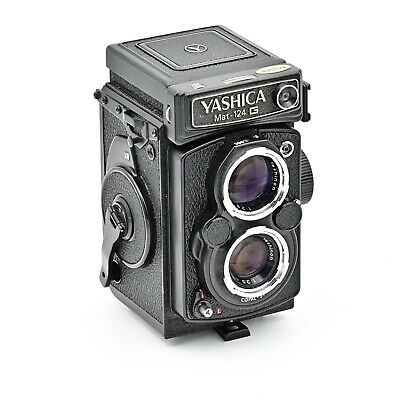 Yashica Mat 124G Twin Lens TLR 120 6x6 Film Camera *** MINT - ***