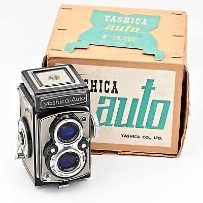 Rare Yashica-Auto (YashicaMat) Twin Lens TLR 120 6x6 Film Camera. Black/Grey.