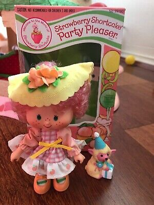 Strawberry Shortcake Peach Blush Party Pleaser With Pet And Box
