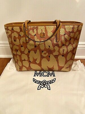 NEW MCM WOMEN'S ANYA Visetos Champagne Gold Zip Shopper