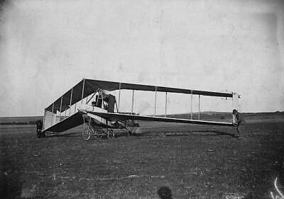 OLD PHOTO The Dunne D5 Sweptwing Tailless Biplane At Eastchurch Airfield