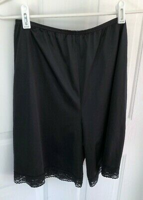 Vintage Vanity Fair Pettipants Black Size M Medium Made in USA    TT121