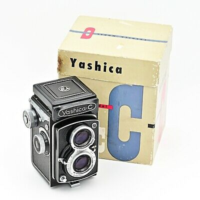 Yashica C Twin Lens Reflex TLR 120 6x6 Film Camera. ***MINT IN BOX***