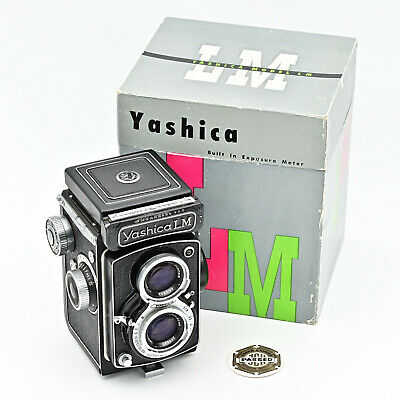 Yashica LM Twin Lens Reflex TLR 120 6x6 Film Camera. ** MINT IN BOX **