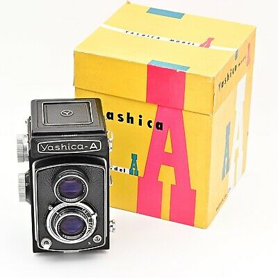 Yashica A 120 6x6 TLR Twin Lens Reflex Film Camera ****TOP MINT IN BOX****