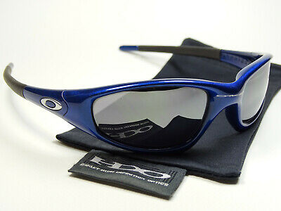 Oakley Straight Jacket Blue Black Sonnenbrille Twenty Minute Bottlecap Scar Five