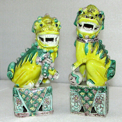 Pair Vintage Chinese Susancai Sancai Glazed Porcelain Foo Dogs Statues Figurines
