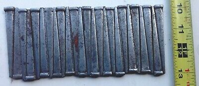 """LOT OF 25 VINTAGE  UNUSED (slightly rusted) """"BARN FIND"""" 3 INCH SQUARE CUT NAILS"""