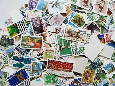 Great Lot Of (100 Canada Stamps) On Paper-Random Pick-Free Shipping In Canada