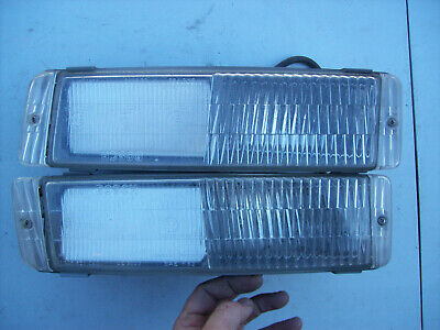 S2 Fog Light 95163125200-REPLACE set PORSCHE 944 Turbo Left and Right