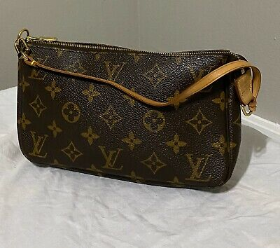 Authentic Louis Vuitton Monogram Pochette Accessoires Pouch