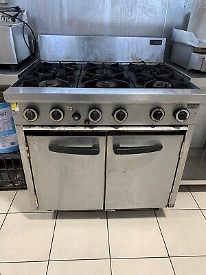 Commercial 6 Burner Stove With Oven - Cobra CR9D