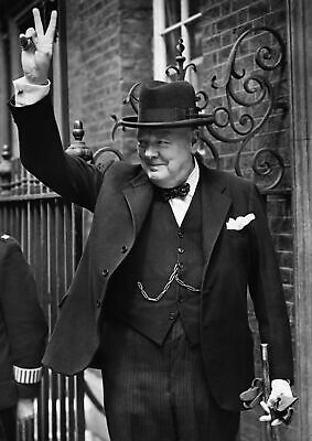 Art print poster / Canvas Winston Churchill Giving the V for Victory