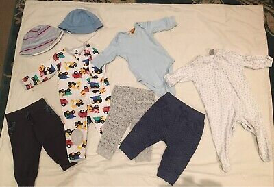 Baby clothing bundle size 00 fits 3-6 months good clean condition