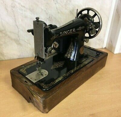 1929 Vintage Antique 99k Singer Sewing Machine & OriginalBox (Needs Some Refurb)
