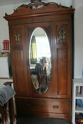 Victorian Bedroom Suite Bed Dressing Table Wash Stand Double Wardrobe C1904/05