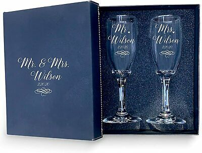 Personalised Engraved Mr/&Mrs//Mrs/&Mrs Wedding rings Champagne Flutes SET of 2////12
