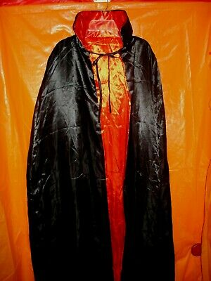 "Deluxe Black and Red 56/"" Fully Lined Tattered Vampire Dracula Devil Costume Cape"