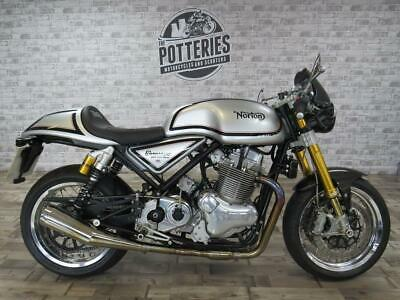 Norton Commando 961 Cafe Racer Mark II 2016 *1 Private owner and stunning*