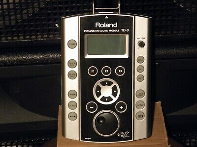 Roland TD-9 drum sound module with cables