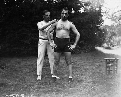 Old Photo 1923 Manager Jack Goodwin Sponging Down Boxer Augie Ratner