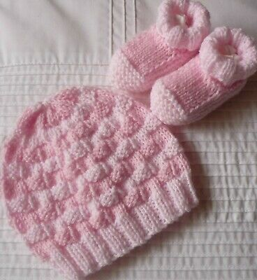 Baby Beanie & Sockettes Set. Hand-knitted by me. Extra Soft. 2 Shades of Pink.