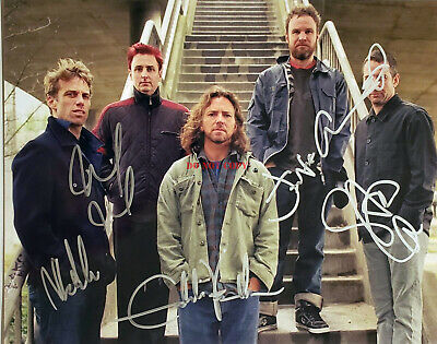 PEARL JAM Autographed Signed Photo (8X10) reprint