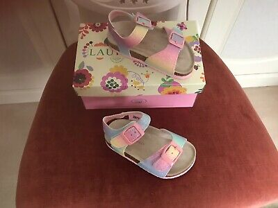 2 Pairs Of Gorgeous Girls Infant Sandals Size 6