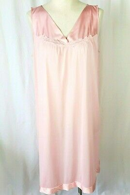 Vintage Vanity Fair Pink L Nightgown Negligee Lingerie Nylon Short USA