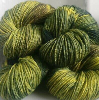 390g OF HAND-DYED 100% PURE BRITISH KNITTING WOOL * 4 SKEINS * CW: CHRISSY