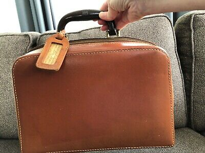 Vintage Split Cowhide Nutmeg Leather Train Travel Case Over Night Bag Carry On