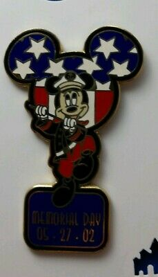 2002 Walt Disney World MEMORIAL Day MICKEY Mouse Marching LE3500 Disneyland Pin