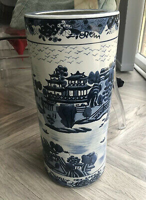 Vintage Chinese Oriental Blue & White Pottery Tall Ceramic Umbrella Stand