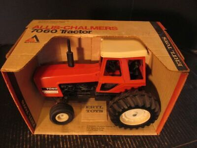 ALLIS CHALMERS 200 7060 ERTL TOY  TRACTOR AIR CLEANER