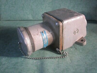 Crouse Hinds AR648 Pin & Sleeve Receptacle 60A 3W 4P 600V With ARE56 Condulet