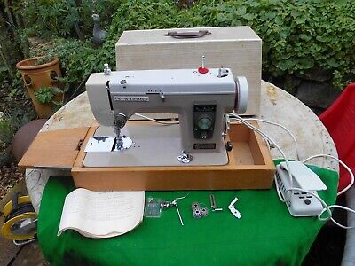 Vintage JANOME New Home Model 535 Electric Sewing Machine Pedal Operated & Acc